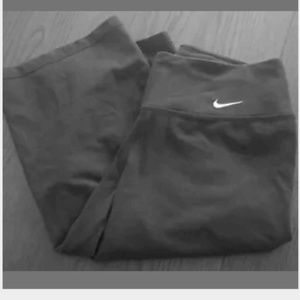 Nike Capris Dri- fit Small Black Active Wear